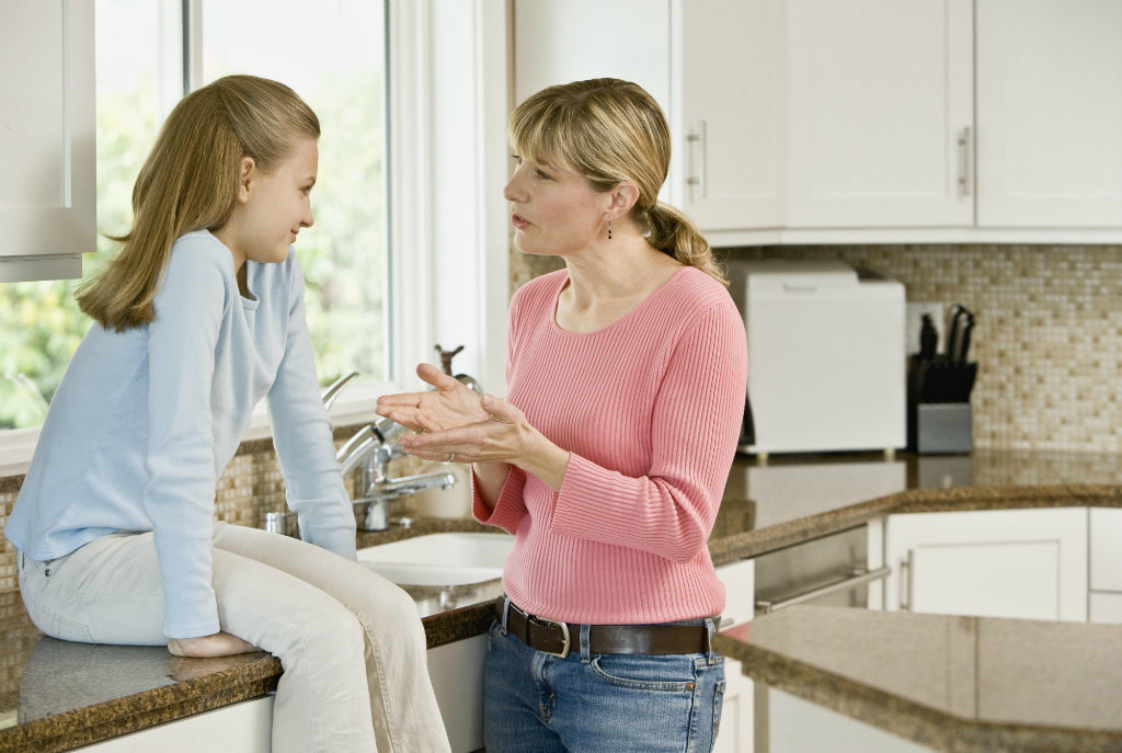Как правильно наладить общение с подростком