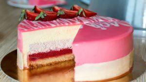 Муссовый клубничный торт рецепт